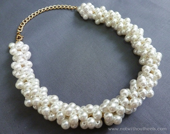 chain-and-bunched-pearl-necklace