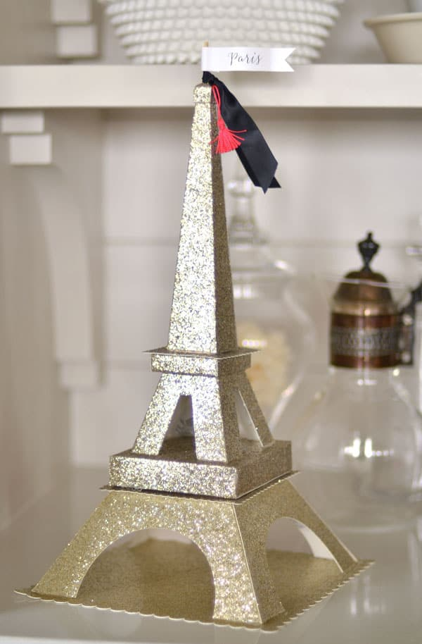 diy-glittered-eiffel-tower