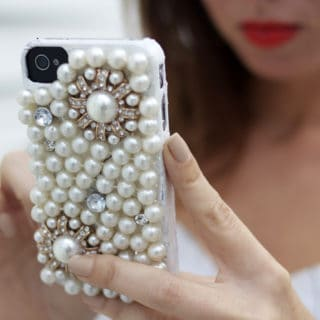 15 Beautiful DIY Projects Made with Pearls