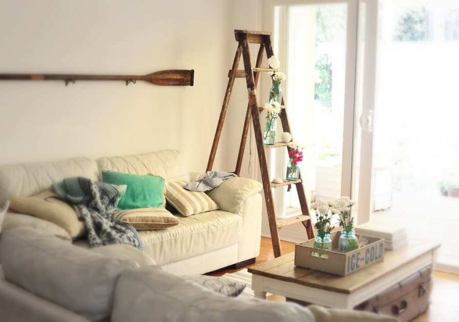 decorated-vintage-ladder