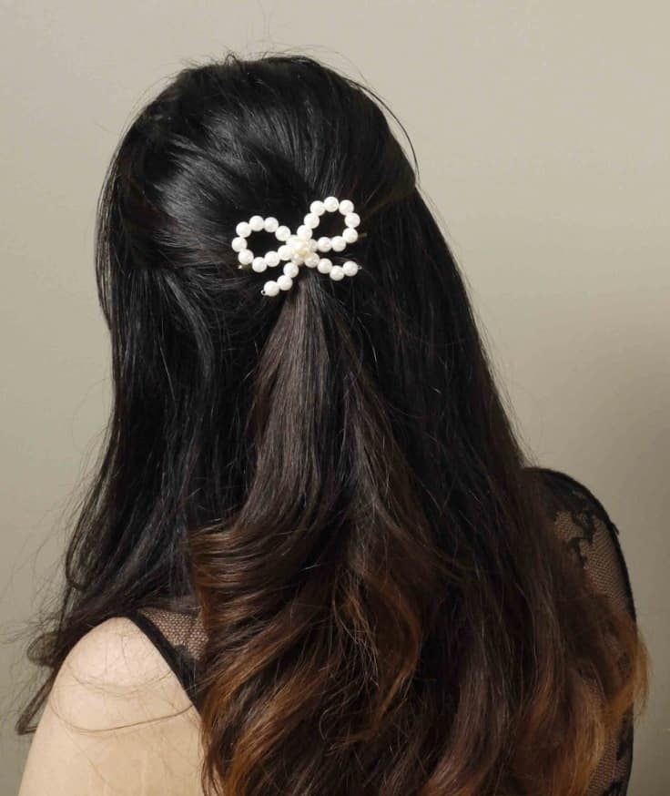 delicate-pearl-bow-hair-clip