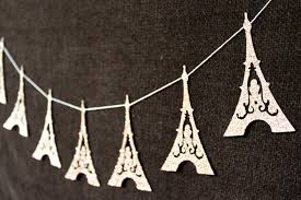 eiffel-tower-garland