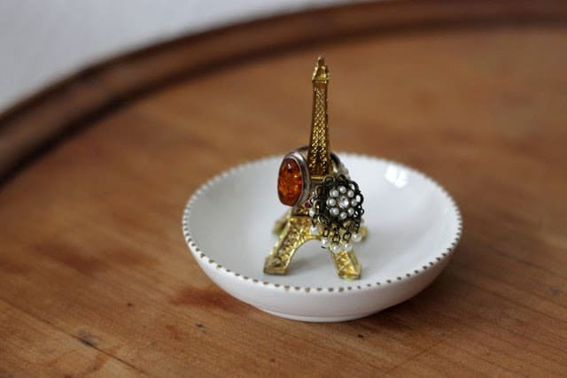 eiffel-tower-charm-ring-holder