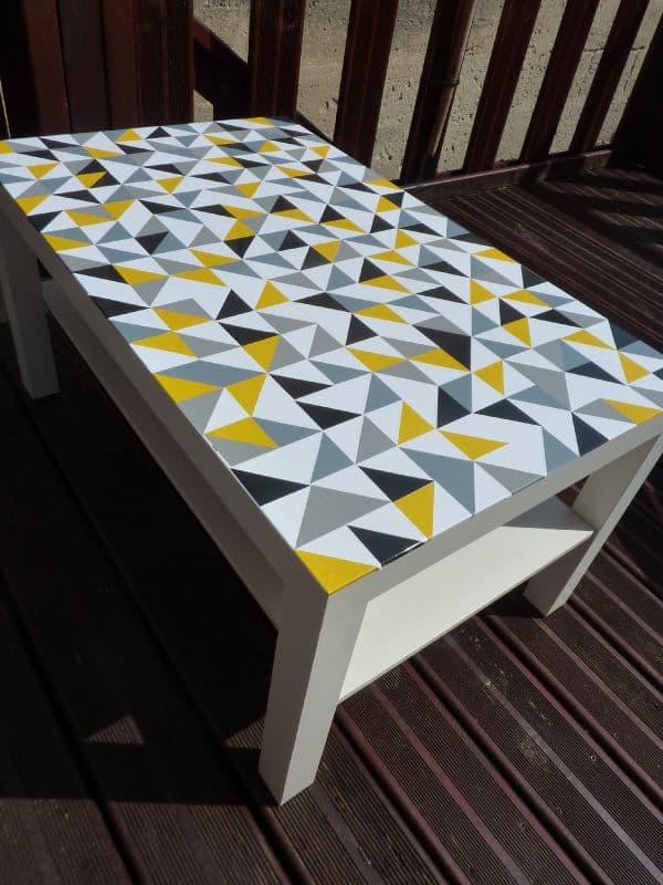 Graphic vinyl tabletop