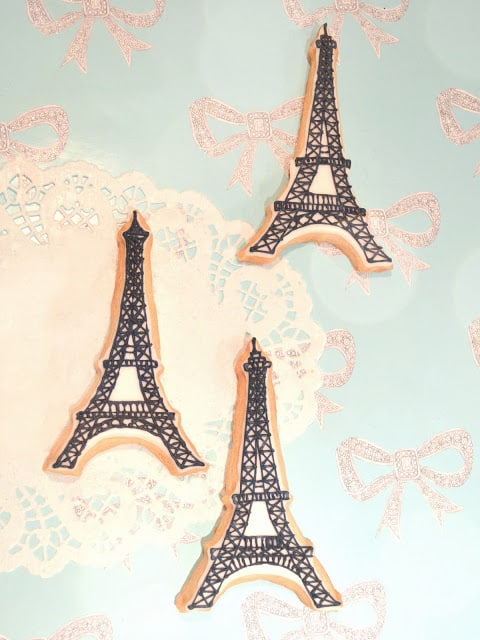 iced-eiffel-tower-sugar-cookies