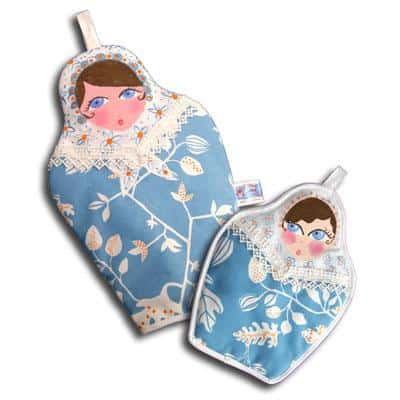 Nesting doll oven mitts