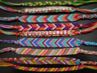 Chevron friendship bracelets 200x150 15 Fun DIY Projects that Satisfy Your Love for Chevron