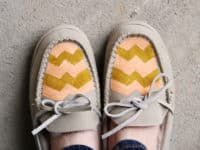DIY chevron moccasins 200x150 15 Fun DIY Projects that Satisfy Your Love for Chevron