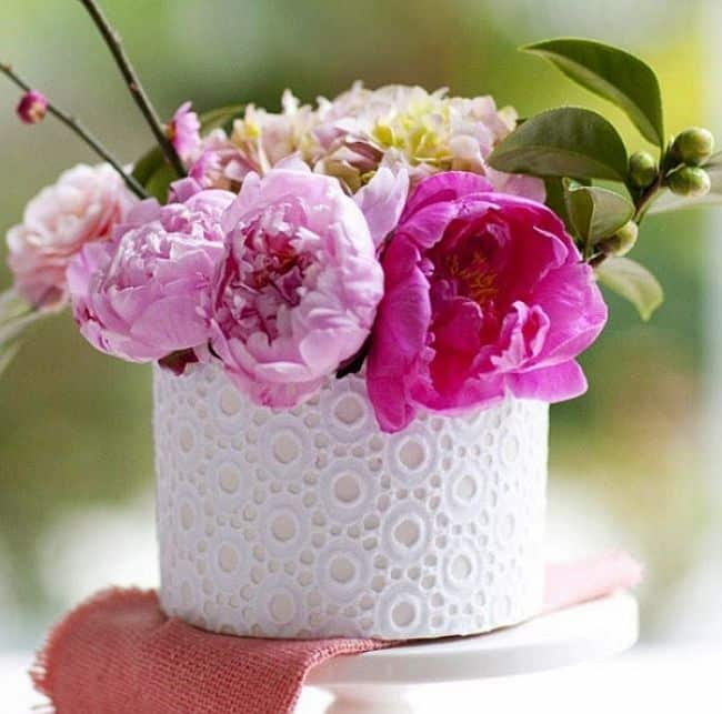DIY lace flower pot
