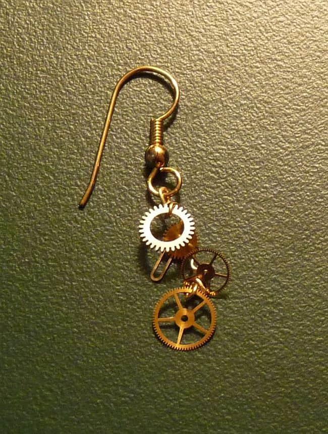 DIY simple cog earrings