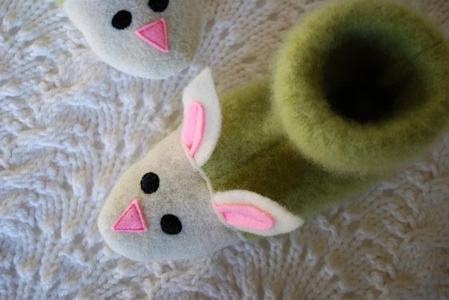 Fuzzy bunny felt sweater slippers
