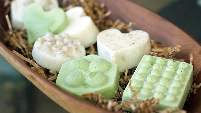 Green tea and oat body butter bars
