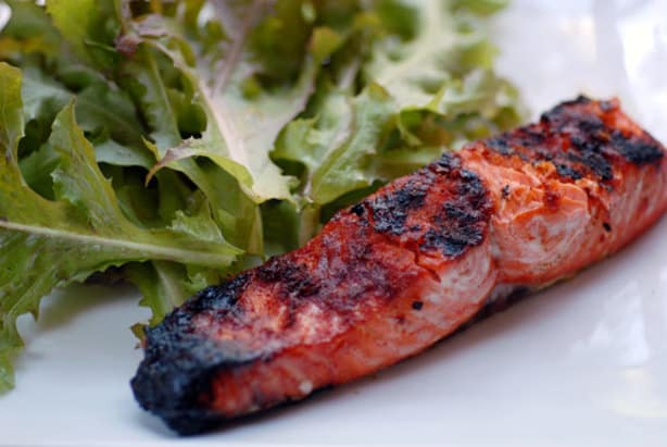 Grilled paprika salmon