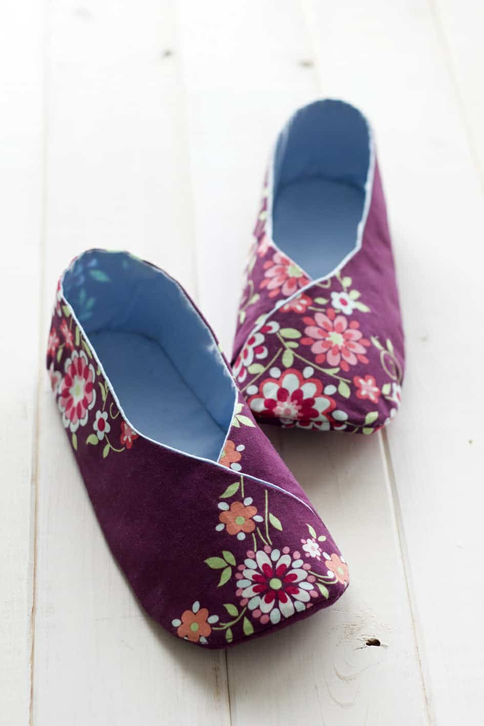 Step Into Comfort Diy Slippers To Keep Your Feet Cozy