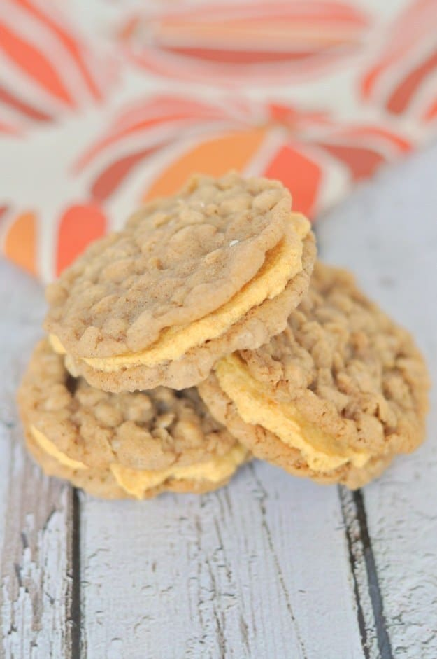 Oatmeal pumpkin sandwich cookies
