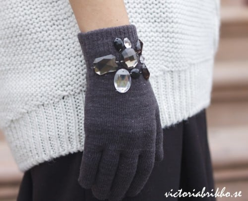 Rhinestoned wrist gloves