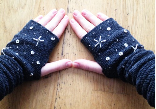 Star inspired fingerless gloves