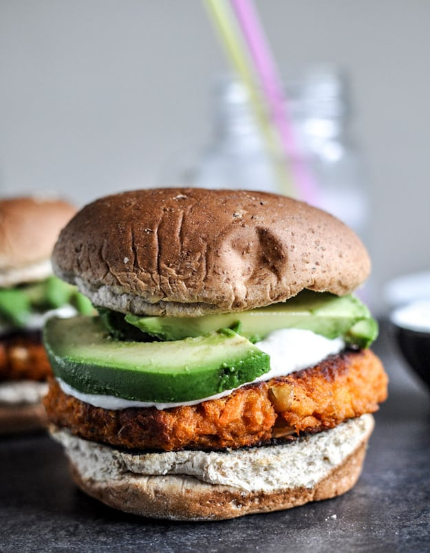 Sweet potato burger with roasted garlic cream