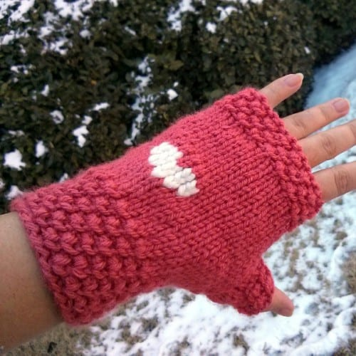 Teeny heart fingerless gloves