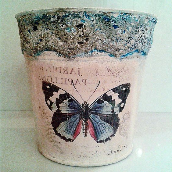 Vintage weathered lace pot