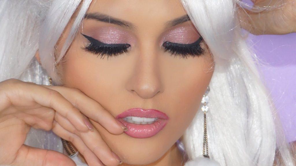 Ariana-Grande-makeup