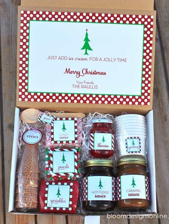 Christmas sundae kit
