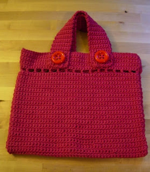 Chunky button bag
