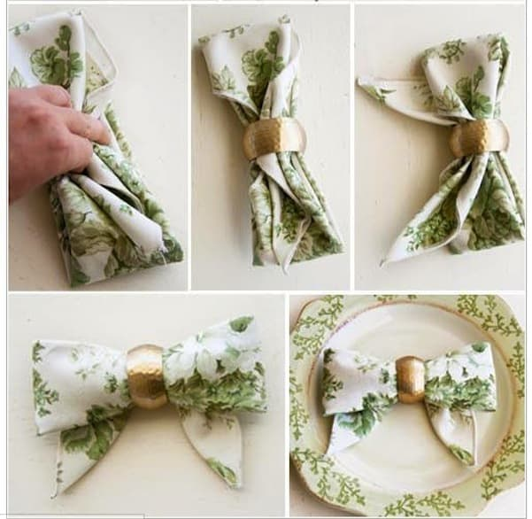 Floral bow with a gold napkin ring