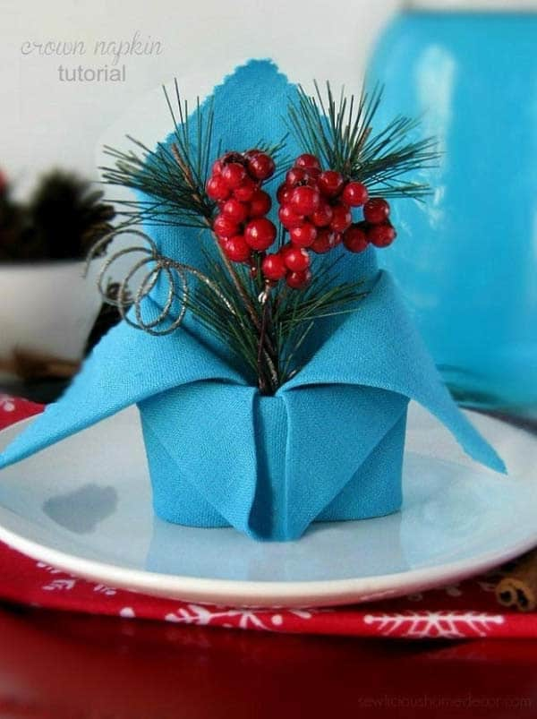 Mistletoe napkin vase