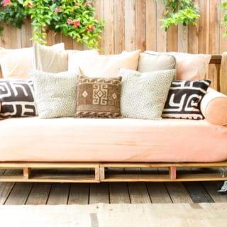 Genius DIY Ways to Turn Pallets into Furniture