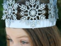 Snowflake Crown 200x150 12 DIY Crowns That Will Make You Feel Like Royalty