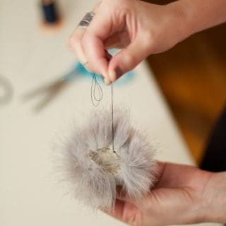 15 Cool Ways to Make Your Own Pom Poms!