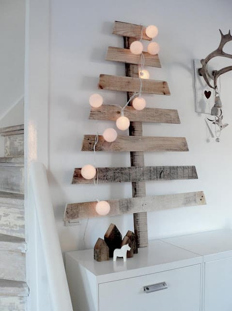 Upcycled scrap wood tree 15 Awesome DIY Christmas Tree Ideas and Projects