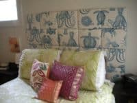 Upholstered fabric squares 200x150 12 Amazing Floating Headboard Designs