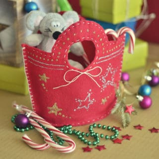 Unique DIY Christmas Bags Your Loved Ones Will Love Opening