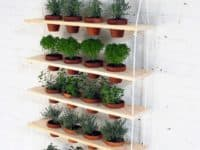 Hanging garden 200x150 DIY Vertical Gardens for Unconventional Gardeners
