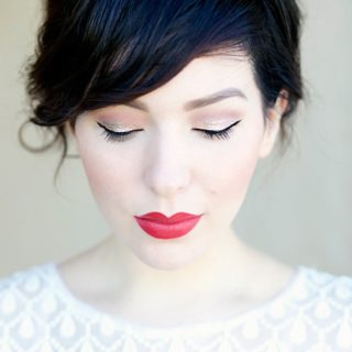Beat the Chill: Glamorous Winter Makeup Looks