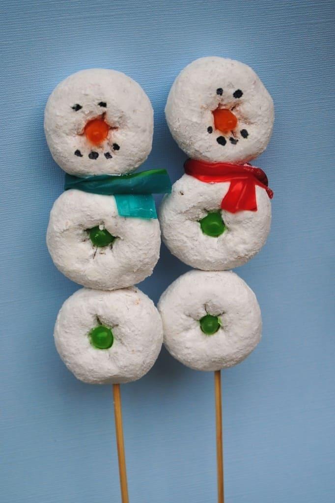 Powdered donut kebabe snowmen