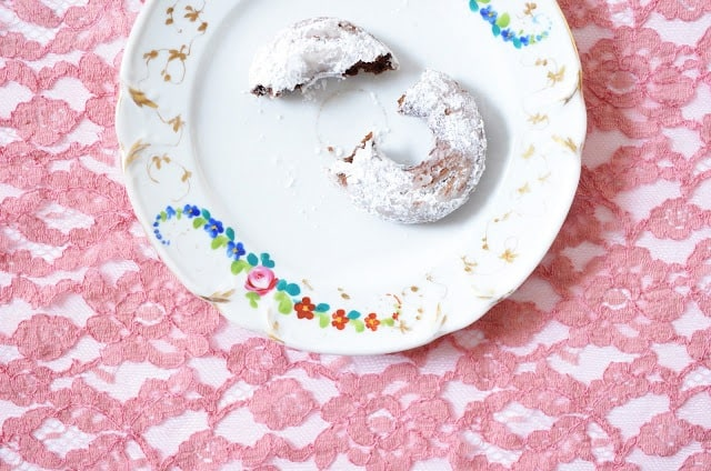 Spiced cocoa donuts