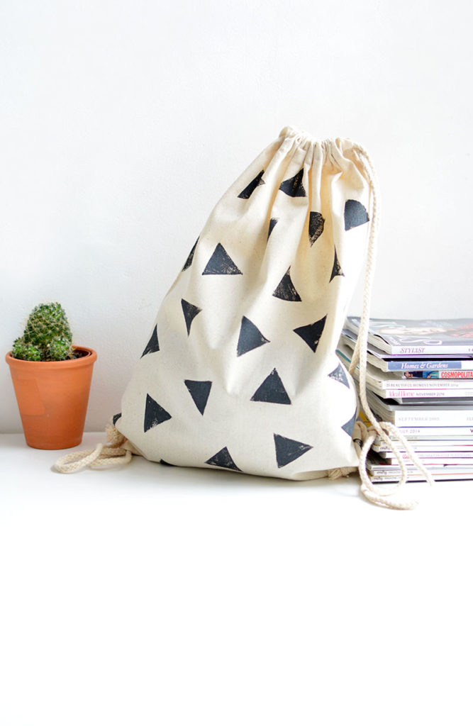 Triangle stamped bag