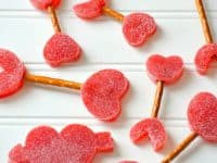 Gum drop and pretzel Cupids arrows 200x150 Getting Ready for Valentines Day: 15 Cute Cupid Themed Crafts