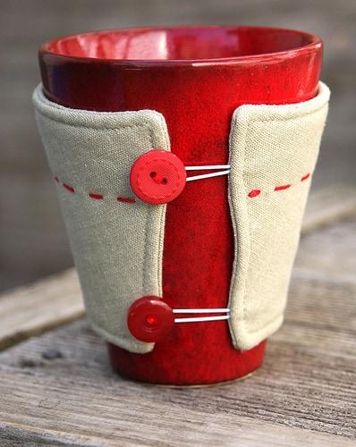 Linen mug warmer