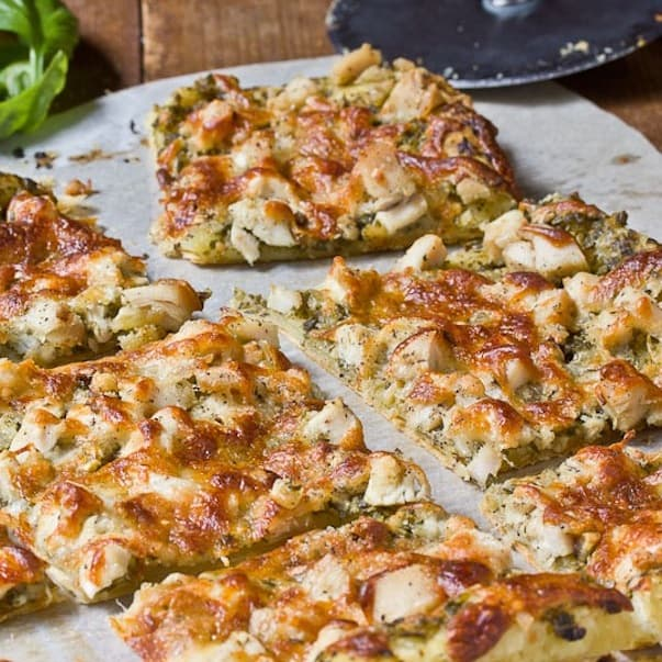 Pesto chicken tart
