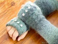 Sweater fingerless gloves 200x150 Powering Through Winter: DIY Fingerless Gloves