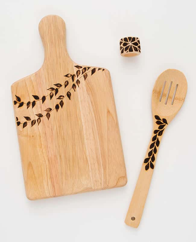 Wood burnt cutting board