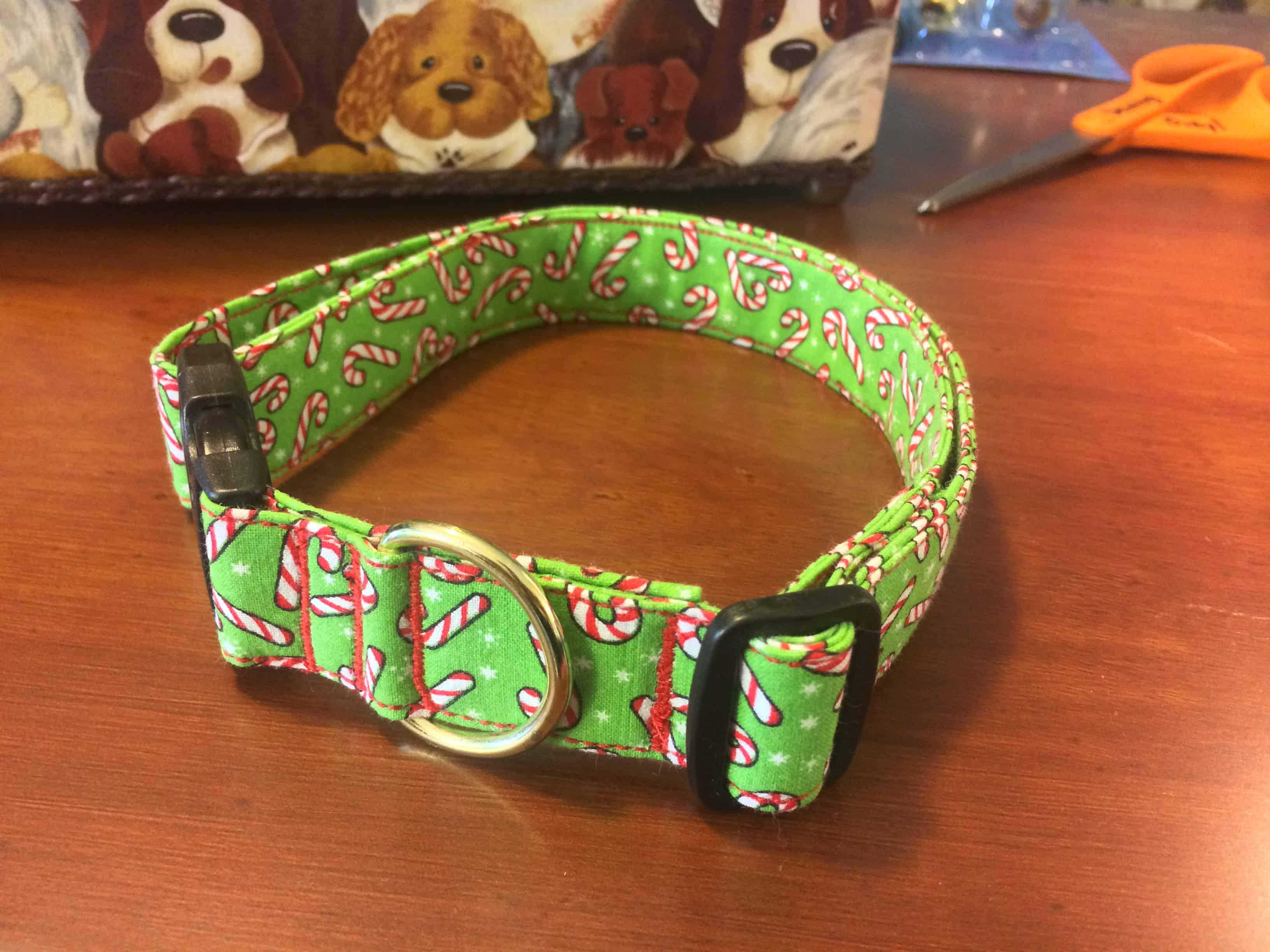Classic fabric dog collar