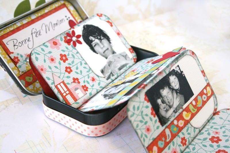 Mini folding scrapbook