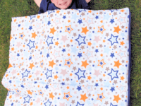 Starry sleeping bag 200x150 Snug as a Bug: DIY Sleeping Bags You Can Make For Your Kids