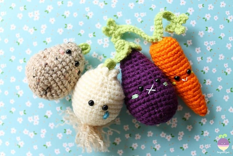 22 Fruit and Vegetable Crochet Patterns | 534x800