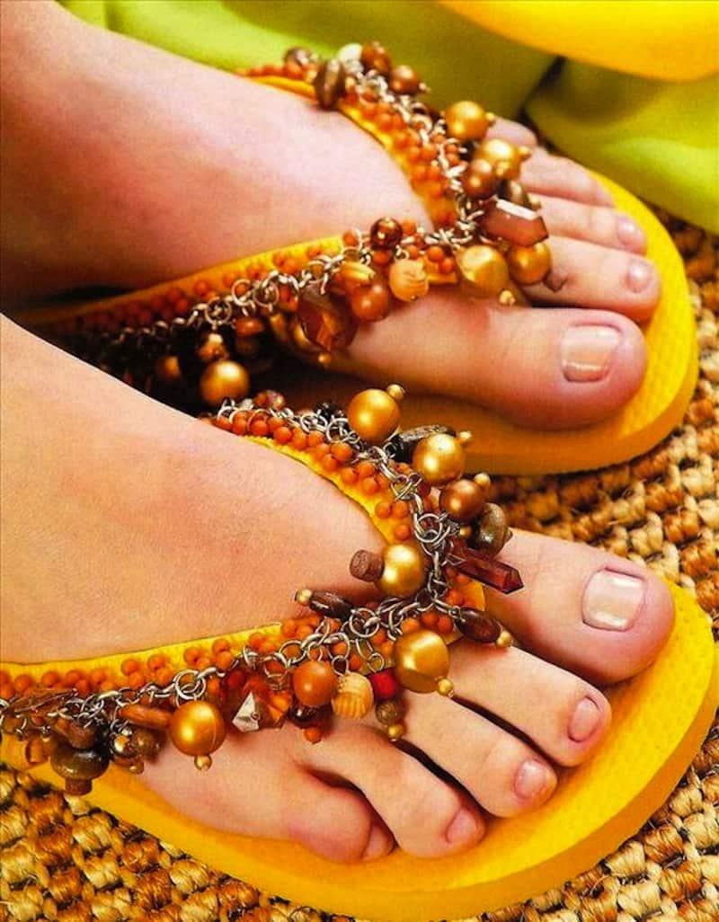 Beaded chain flip flops
